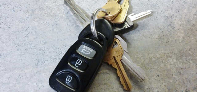 How Does Transponder Car Key Work?